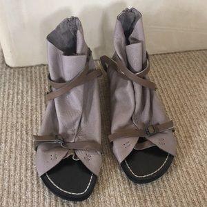 NEW Joe's Jeans Sandals size 7.5